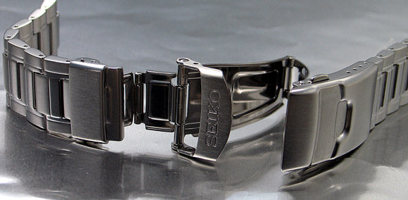 Seiko 22mm Solid Stainless Steel Bracelet for SKZ323, SKA325, SKZ327 & etc. Code: MOMT111JO