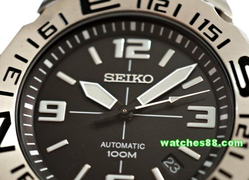 SEIKO Superior Collection 100M Automatic SRP441K2