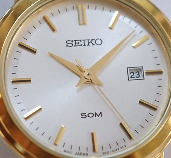 SEIKO Quartz Ladies Classic Collection SUR824P1