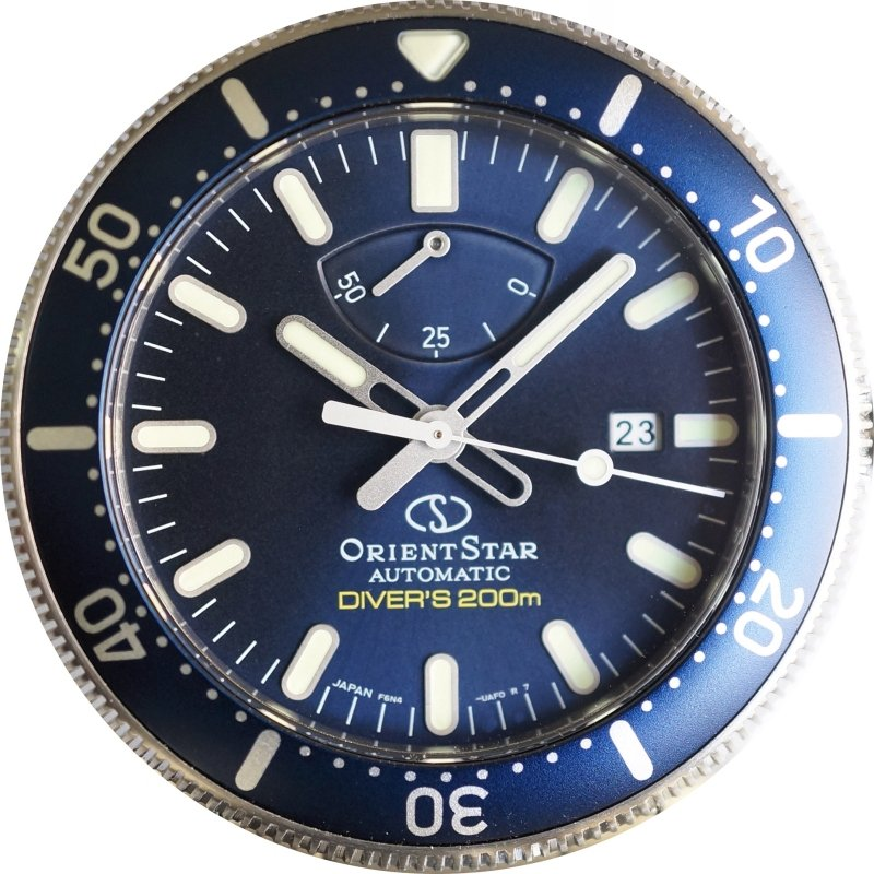 ORIENT STAR Diver's 200M Mechanical Power Reserve RE-AU0302L (RK-AU0302L)